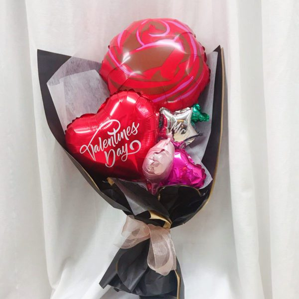 Red Rose Valentines Special Hand Balloon Bouquet